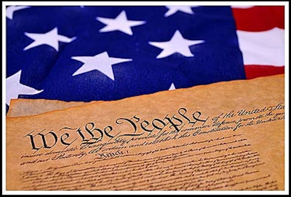 us constitution This guide to law online includes a selection of sources accessible through the internet on the us constitution | links provide access to primary documents, legal commentary, and general government information about the us constitution and constitutional law.