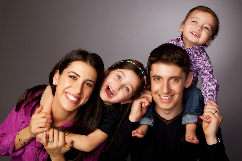 Family studio photo ideas