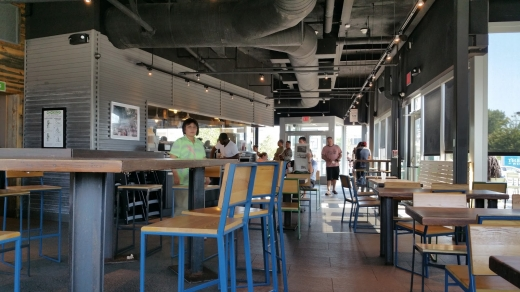 Shake Shack in Garden City, New York, United States - #2 Photo of Restaurant, Food, Point of interest, Establishment, Store, Meal takeaway