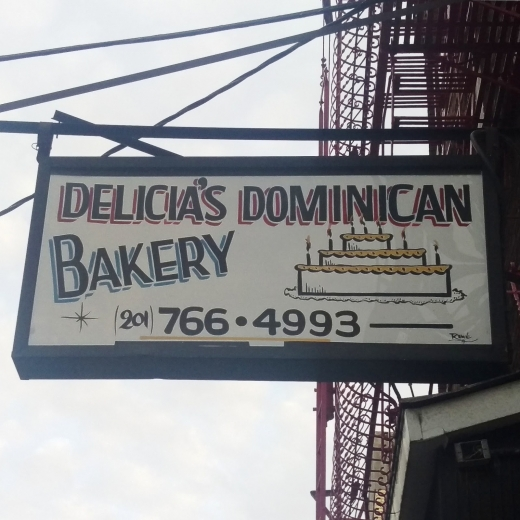 Photo by A Santiago for Delicious Dominican Bakery