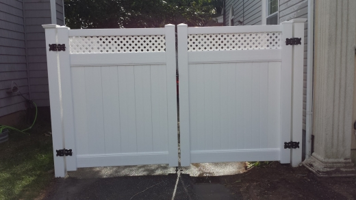 Dg Fence Inc. in Roosevelt City, New York, United States - #3 Photo of Point of interest, Establishment, General contractor