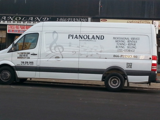 Piano Land Movers & Storage in Freeport City, New York, United States - #4 Photo of Point of interest, Establishment, Store, Moving company, Storage