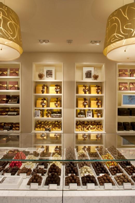 Photo by Godiva Chocolatier - Roosevelt Field Mall for Godiva Chocolatier - Roosevelt Field Mall