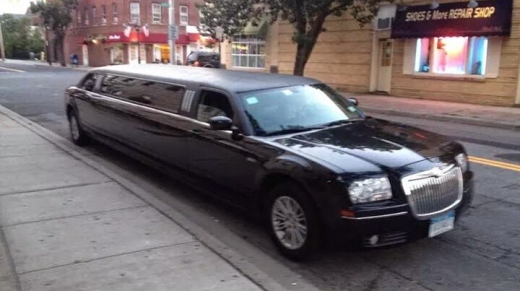 Long Island Town Car and Limousine Service in Baldwin City, New York, United States - #2 Photo of Point of interest, Establishment