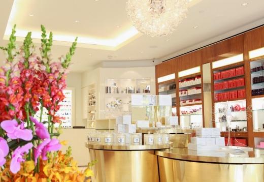 Photo by Osswald Parfumerie & Luxury Skincare Boutique for Osswald Parfumerie & Luxury Skincare Boutique
