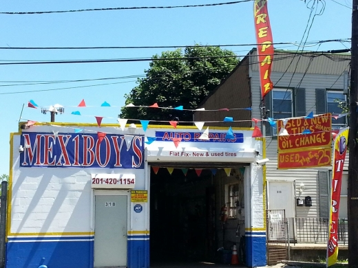 Mex 1 Boys auto repair in Jersey City, New Jersey, United States - #3 Photo of Point of interest, Establishment, Car repair
