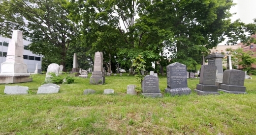 Photo by Rich Goldstein for Old Bergen Church Cemetery