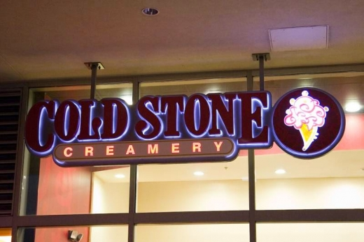 Cold Stone Creamery in Lynbrook City, New York, United States - #3 Photo of Restaurant, Food, Point of interest, Establishment, Store, Bakery