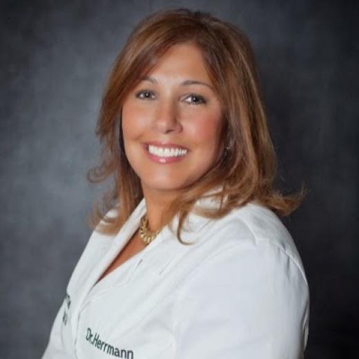 Herrmann Dental Associates: Herrmann Lorraine DDS in Freeport City, New York, United States - #2 Photo of Point of interest, Establishment, Health, Dentist
