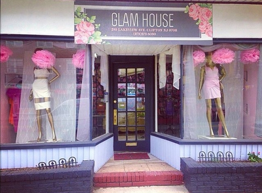 Photo by Glam House for Glam House