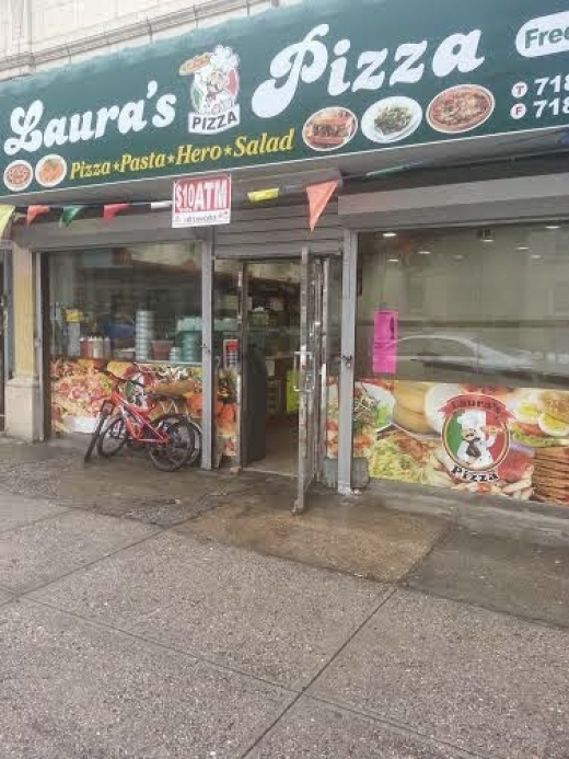 Laura's Pizza in Bronx City, New York, United States - #2 Photo of Restaurant, Food, Point of interest, Establishment, Meal takeaway, Meal delivery
